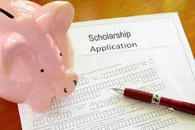images1 Scholarship Application Essays at a Glance