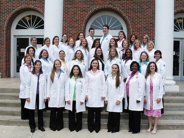 5113833522 847788f8e4 z Top 15 Undergraduate Nursing Scholarships: Part 1