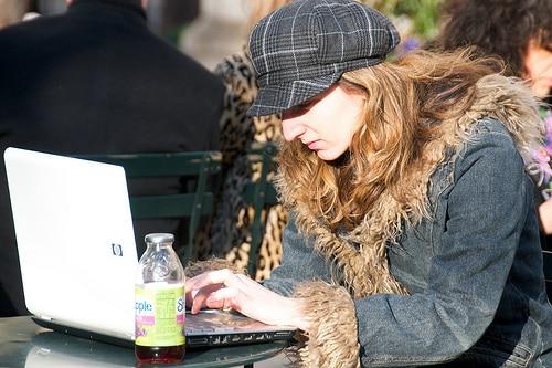 3405006003 cc6da4cc9f 5 Ways to Make Money Online to Pay for College
