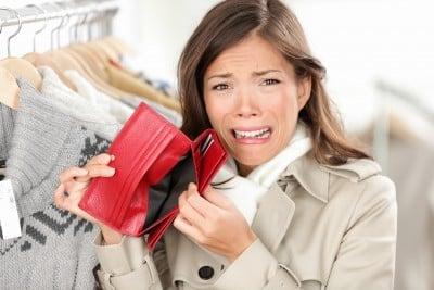 college debt Avoiding Debt in College