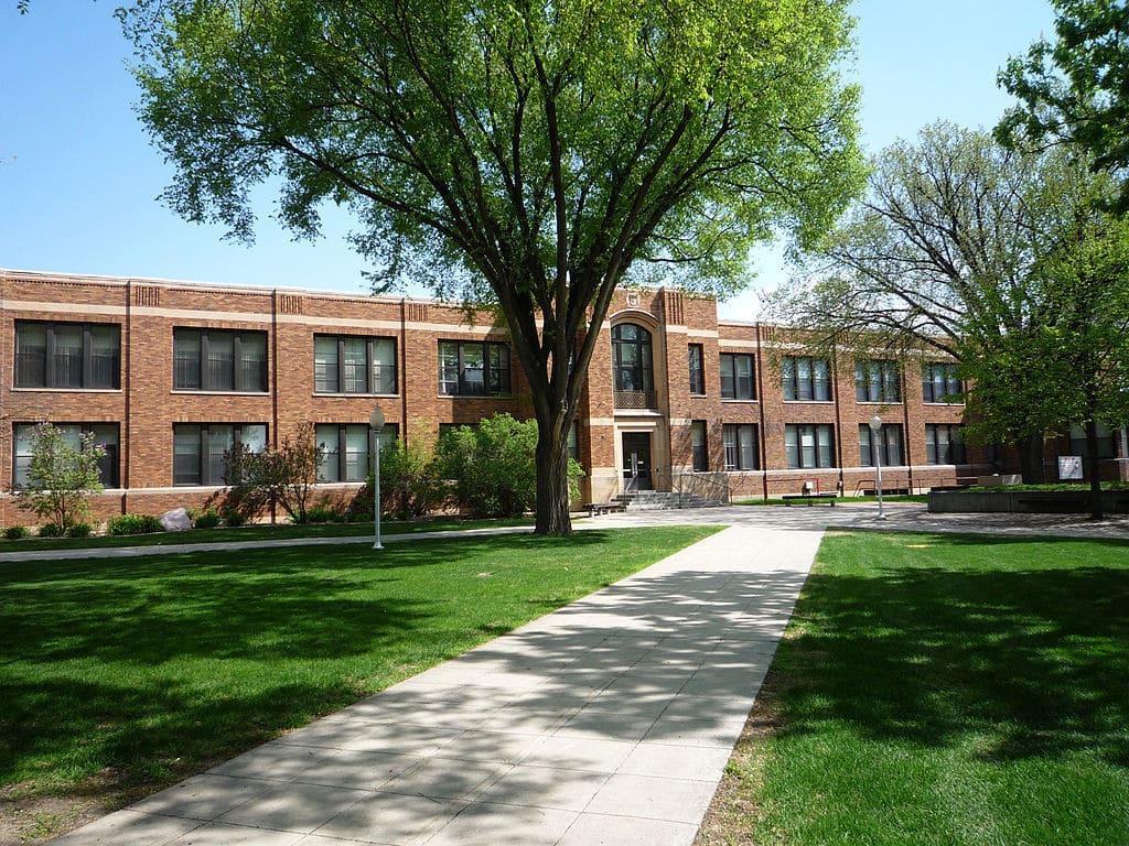Minnesota Scholarships 1024x768 Minnesota Scholarships
