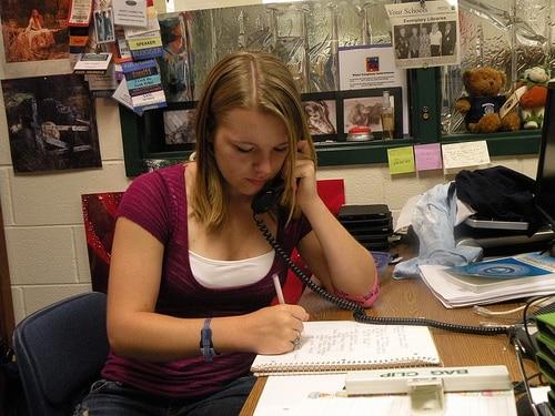 english scholarships English Language Scholarships