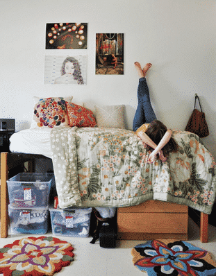 keep dorm clean 16 New Years Resolutions for Students to Stick to in 2016
